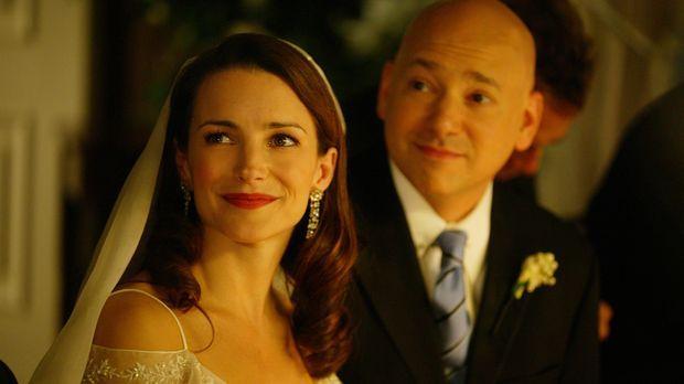 Ein Fleck auf dem Hochzeitsfoto, Weinflecken auf dem Kleid und ein betrunkene...