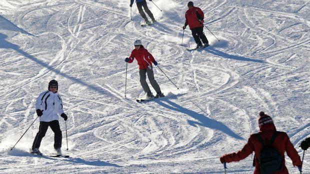 Skifahren-Schnee-dpa