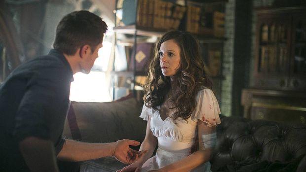 Kann Ingrid (Rachel Boston, r.) Dash (Eric Winter, l.) helfen, nachdem er ein...