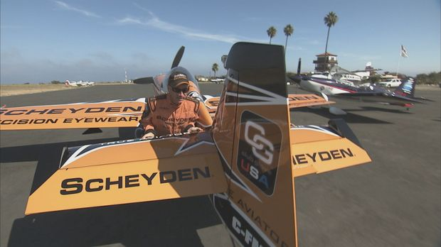 Pilot Dave hat einen großen Coup gelandet: Er konnte seinen Sponsor überzeuge...