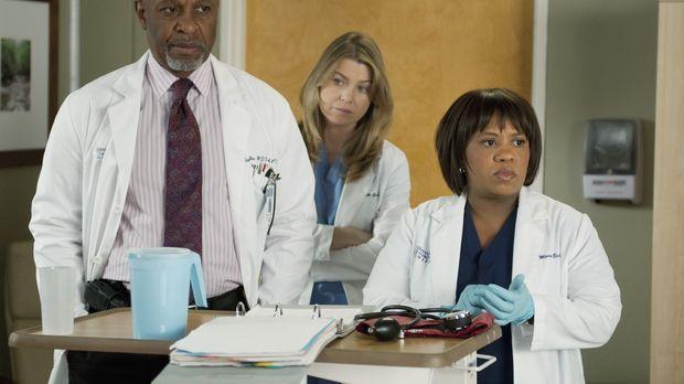 Während sich Meredith (Ellen Pompeo, M.) für ein Fachgebiet entscheiden muss,...