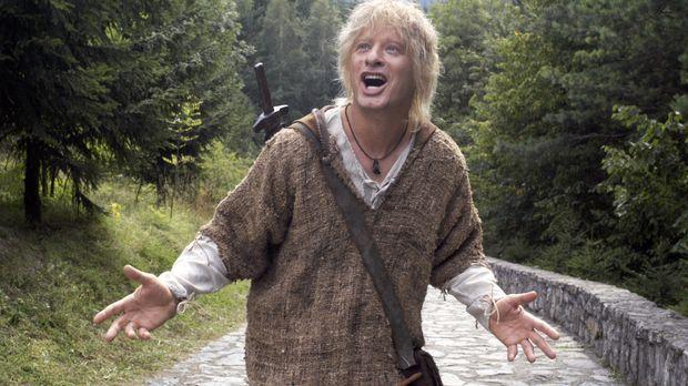 Der bärenstarke Siegfried (Tom Gerhardt) hat sich unsterblich in Kriemhild ve...
