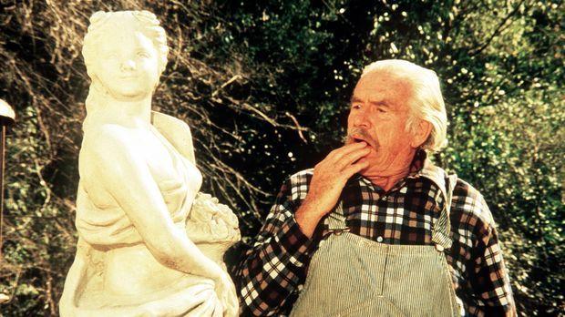 Die Statue erinnert Großvater Sam (Will Geer) an seine Jugendliebe ... © WARN...
