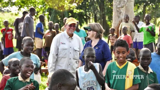 Staffel 1 Episode 7: Zurück aus Uganda
