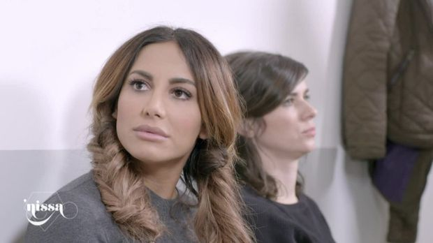 'nissa - Geschichten Aus Dem Leben - 'nissa - Geschichten Aus Dem Leben - Folge 1: Nissas Weiße Karriereweste