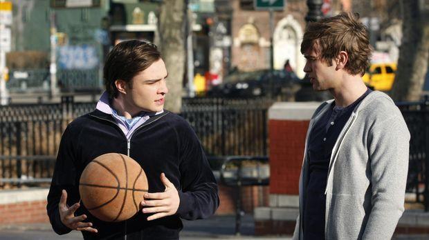 Nate (Chace Crawford, r.) hat eine Wohnung gemietet in der Hoffnung, Blair au...