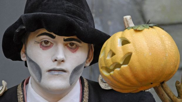 Halloween-Kostüm Gespenst_dpa