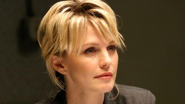 Lilly Rush (Kathryn Morris) öffnet erneut die Akten zu einem Mordfall, der 22...