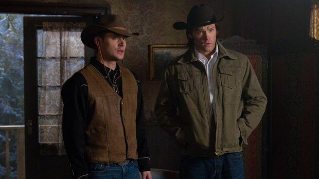 In der Vergangenheit müssen Sam (Jared Padalecki, r.) und Dean (Jensen Ackles...