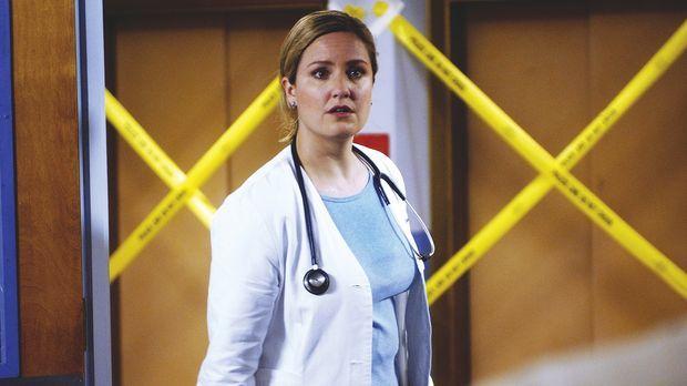 Dr. Lewis (Sherry Stringfield) , von Carter mit dem Krisenmanagement beauftra...
