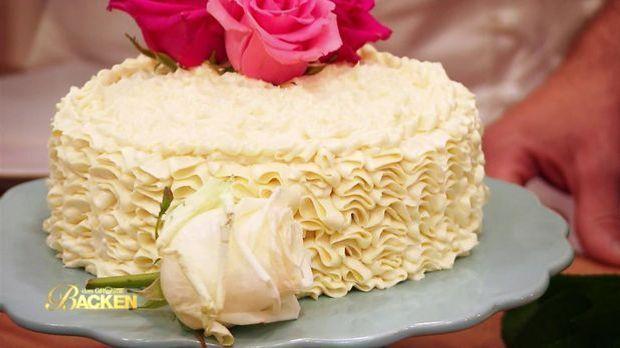 S1CH1_Martina_Schneeweißchen und Rosenrot-Torte