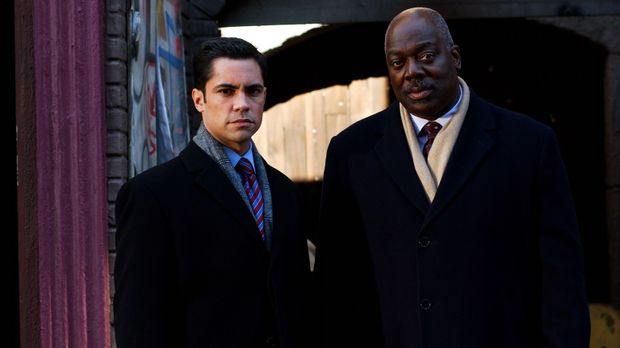 Ermitteln an einem neuen Fall: Will (Thom Barry, r.) und Scott (Danny Pino, l...