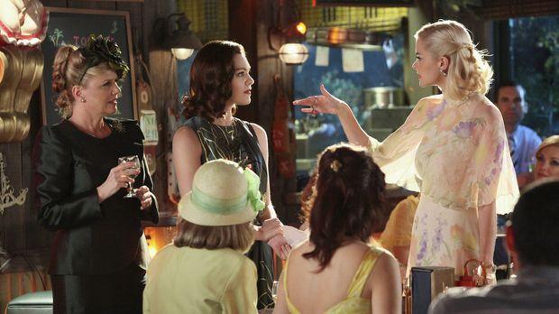 Lemon (Jaime King, r.) hofft darauf, endlich bei den Belles aufzusteigen, doc...
