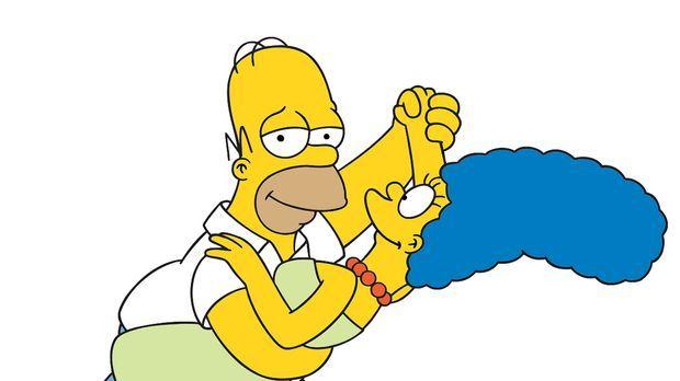 (14. Staffel) - Ein Tänzchen in Ehren, kann niemand verwehren: Marge (r.) und...