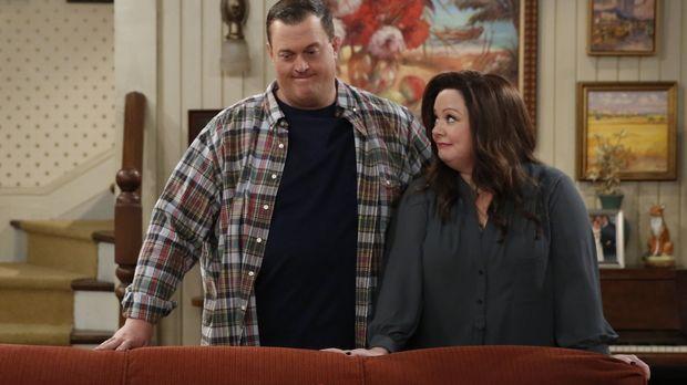 Turbulent geht es bei Mike (Billy Gardell, l.) und Molly (Melissa McCarthy, r...