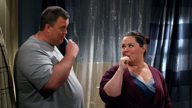 Genießen ihre gemeinsame Zeit: Molly (Melissa McCarthy, r.) und Mike (Billy G...