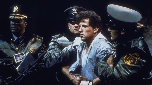 Sechs Monate vor seiner Entlassung wird der Häftling Frank Leone (Sylvester S...