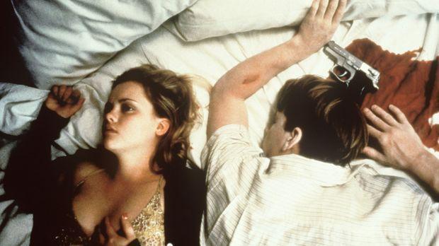 Deedee (Christina Ricci, l.) trennt sich auf immer und ewig von ihrem Freund...