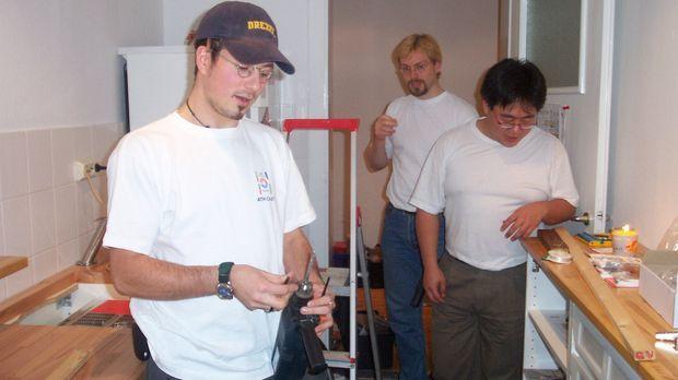 Ralf Wilharm hat sich das Phänomen Ikea etwas genauer angesehen. © kabel eins