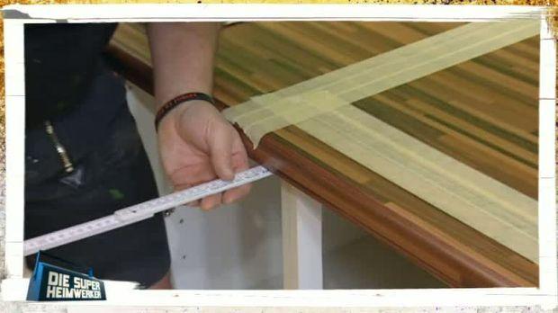 die super heimwerker video profi tipps arbeitsplatte zuschneiden kabeleins. Black Bedroom Furniture Sets. Home Design Ideas