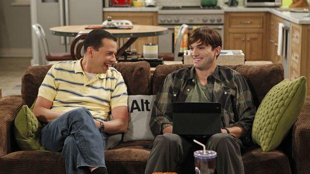Walden (Ashton Kutcher, r.) ist einsam. Er hat keine Freunde, außer Alan (Jon...