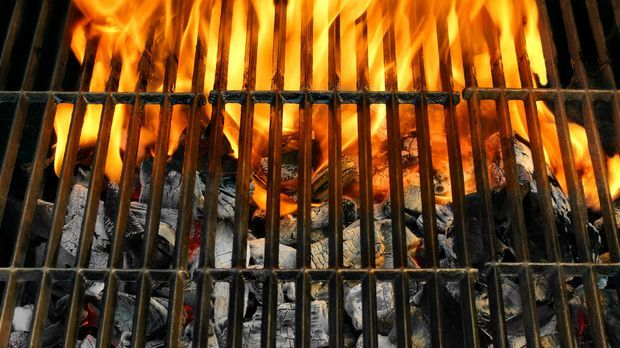 Grillrost_Feuer