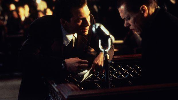 Anwalt James Stamphill (Christian Slater, l.) ist fest entschlossen, dem Geri...