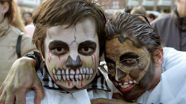 Halloween-Kostüm Skelett_dpa