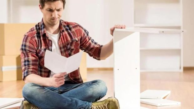 m bel aufbau ohne werkzeug das steckt hinter der ikea revolution. Black Bedroom Furniture Sets. Home Design Ideas