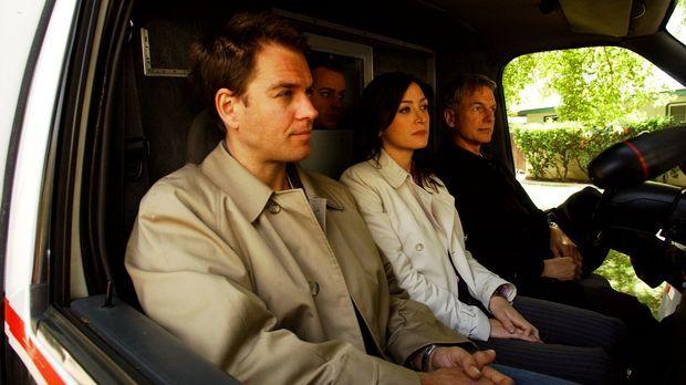 Auf dem Weg zu einem neuen Einsatz: Tony (Michael Weatherly, l.), McGee (Sean...