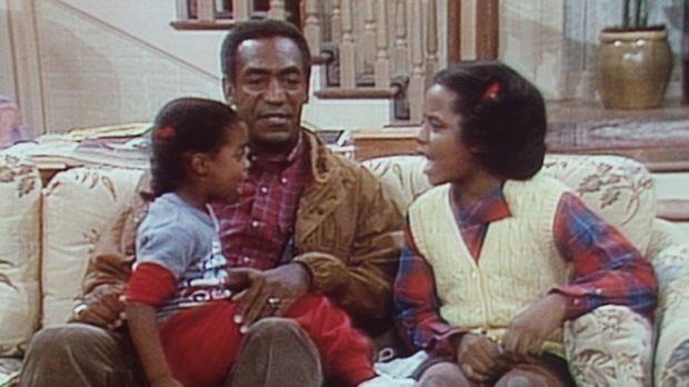 Cliff (Bill Cosby, M.) versucht, einen Streit zwischen Rudy (Keshia Knight Pu...