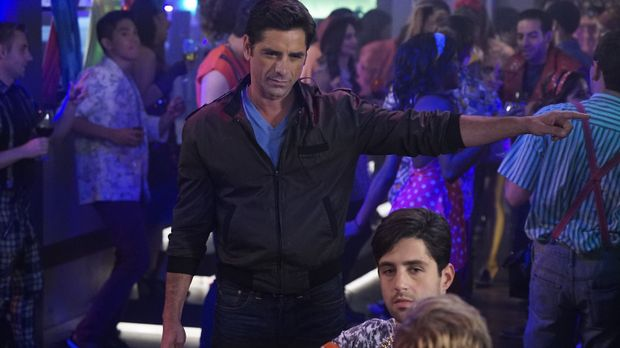 Grandfathered - Grandfathered - Staffel 1 Episode 13: Guacamole-80er-party