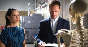 Elementary - Staffel 4 Episode 4: Das Skelett Meiner Frau