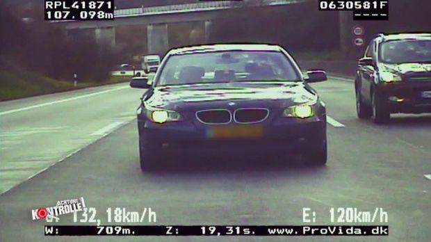 Achtung Kontrolle - Mittwoch: Raserjagd Auf Der Autobahn