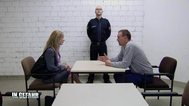 In Gefahr - In Gefahr - Ein Verhängnisvoller Moment - Staffel 1 Episode 77: Katharina - Blindes Vertrauen