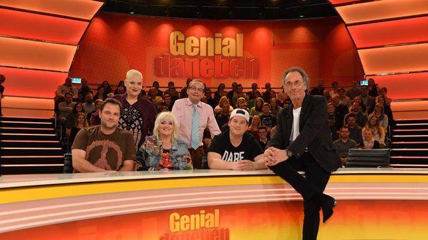 Genial Daneben - Die Comedy Arena - Genial Daneben - Die Comedy Arena - Das Legendäre Comedy-team Errät Die Genialsten Fragen!