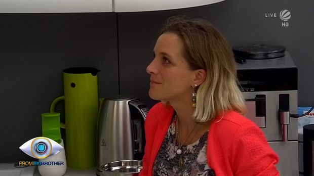Promi Big Brother - Promi Big Brother - Tag 6: Buhmann Nina Kristin Und Quälgeist Judith -teil 1